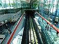 Praha, Střížkov, stanice metra Střížkov, nástupiště.jpg