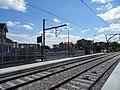 Quais de la gare T11 Express d'Epinay-sur-Seine.jpg