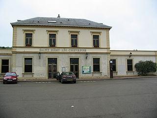 railway station in Saint-Rémy-lès-Chevreuse, France