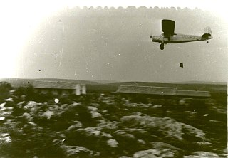 RWD 13 - Air dropping supplies to Yehiam, 1948.jpg
