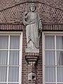 Reek klooster Heijtmorgen Heiligenbeeeld boven ingang.jpg