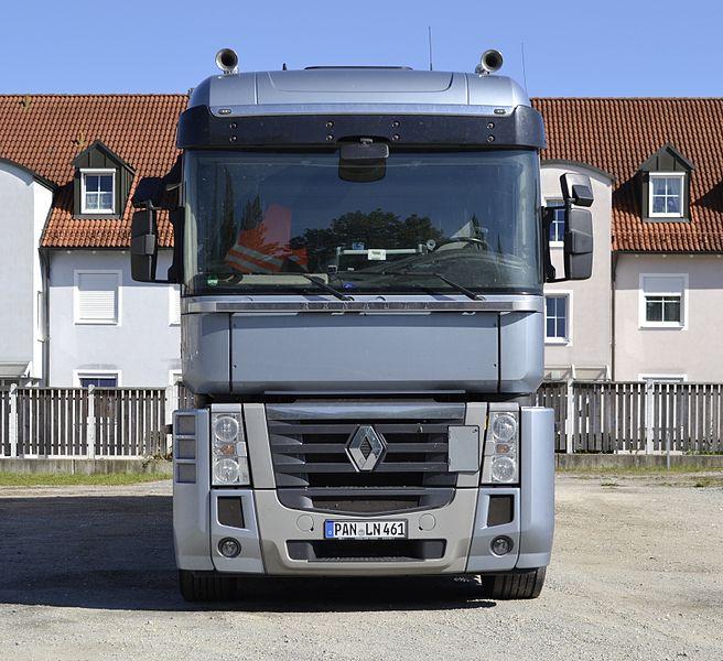 File:Renault Magnum 500 truck.jpg