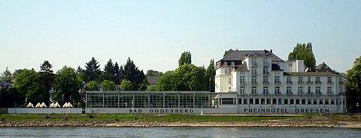 Rheinhotel Dreesen Rheinseite