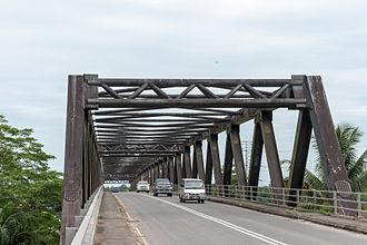 Kinabatangan District - Image: Rivers Of Sabah Sungai Kinabatangan Bridge 03