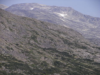 Rocky landscape from Klondike Highway near Alaska British Columbia border 2.jpg
