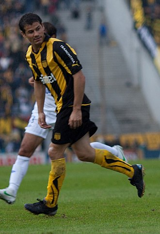 Rodrigo Mora - Mora playing for Peñarol in 2012