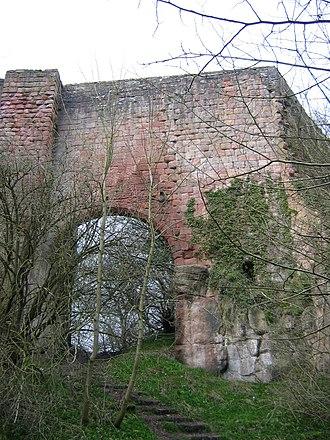 Roslin Castle - The bridge giving access to Roslin Castle