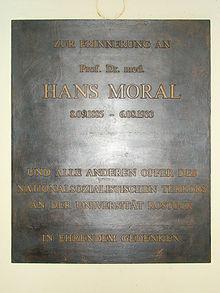 Gedenktafel Für Hans Moral Im Foyer Des Hauptgebäudes Der Universität  Rostock