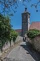 Rothenburg ob der Tauber, Stadtbefestigung, Klingentorturm von Westen 20170526 001.jpg