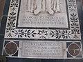 S. croce, tomba sul pavimento 74.JPG
