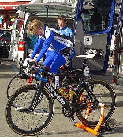 Saint-Amand-les-Eaux - Paris-Roubaix juniors, 12 avril 2015, départ (A14).JPG