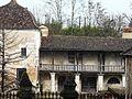 Saint-Germain-du-Salembre château galerie bois.JPG
