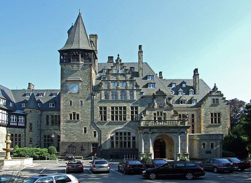 File:Schlosshotel-kronberg002.jpg