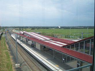Schofields railway station - Eastbound view