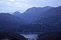 Scorcio del Lago del Salto dall'abitato di Petrella con il borgo di Poggio Vittiano sullo sfondo.jpg