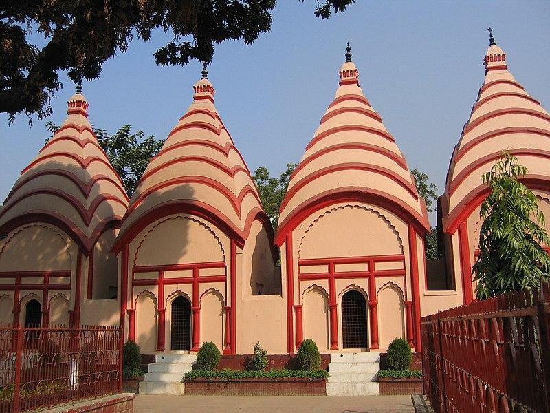 Datei:Shiva temples Dhakeshwari Mandir by Ragib Hasan.jpg