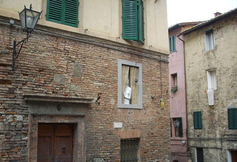File siena finestra in trompe l 39 oeil jpg wikimedia commons - Trompe l oeil finestra ...