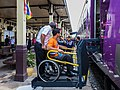 Sistema transporte inválidos, Ayutthaya, Tailandia, 2013-08-23, DD 01.jpg
