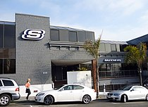 Skechersheadquartersmanhattanbeach.jpg