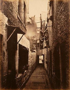 Glasgowda bir gecekondu (1871) civarı