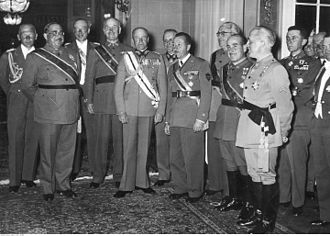 Wolfram Freiherr von Richthofen - Richthofen (far left) with Walther von Brauchitsch (centre) and Franz Halder (over Brauchitsch's left shoulder), 7 June 1939.