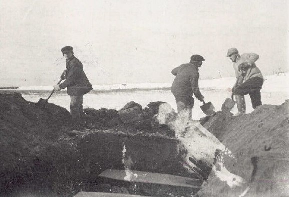 Spanish flu victims burial North River Labrador 1918