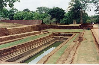 History of gardening - A pool in the garden complex