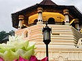 Sri Dalada Maligawa or the Temple of the Sacred Tooth Relic closup.jpg