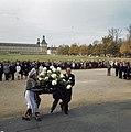 Staatsbezoek koningin Juliana en Prins Bernhard aan West Duitsland koningin Ju, Bestanddeelnr 254-8994.jpg