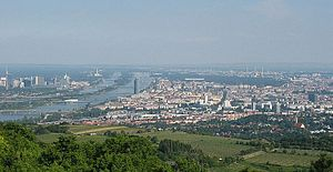 Donauinsel - Donauinsel, separating New Danube (left) from Danube (right). View from Kahlenberg. Mind Millennium Tower near the center of the picture, and UNO-City at left margin