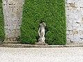 Statue at the Chateau de Cazeneuve - panoramio.jpg