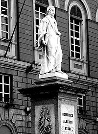 Statue of Domenico Alberto Azuni in Sassari.jpg