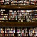 Stockholms stadsbibliotek, interiör rotundan.jpg