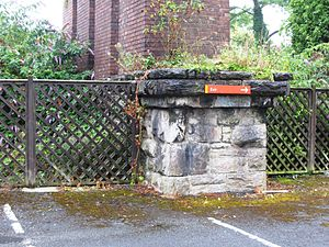 Cornwall Railway viaducts - Original stone pier with brick pier of its replacement on top
