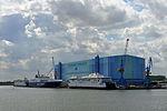 Stralsund, Volkswerft, Schiffe (2013-07-30) 1, by Klugschnacker in Wikipedia.JPG
