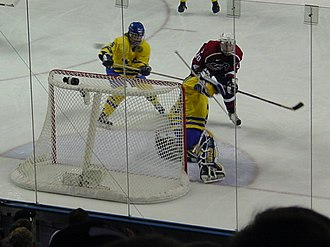 Ice hockey at the 2002 Winter Olympics – Women's tournament - Sweden and the United States women's teams during the semifinals. The United States won, 4–0.