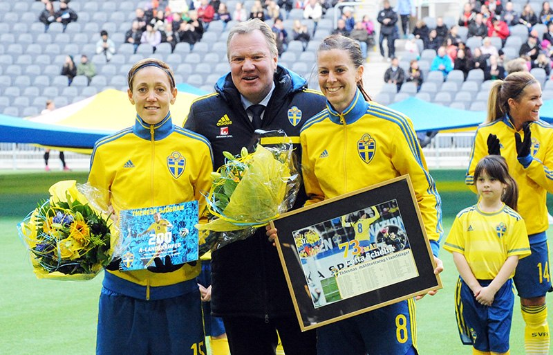 Sweden - Denmark, 8 April 2015 (17086898751)