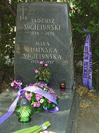 Sygietynscy - gravestone.jpg