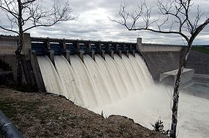 Table Rock Dam Apr 2008 Flood Spillways Open f...
