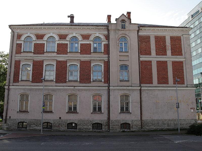 File:Tallinn, koolihoone Tartu mnt 23, 1904.jpg