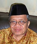 Taufiq Ismail crop