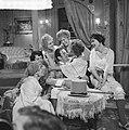 Televisiestuk Drie stuivers opera , Mackie Messer (Joop Doderer) in het bordee, Bestanddeelnr 911-7344.jpg