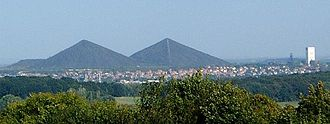Loos-en-Gohelle - Spoil tips of pits 11 and 19 at Loos-en-Gohelle