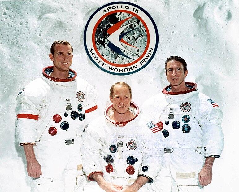 Fájl:The Apollo 15 Prime Crew - GPN-2000-001169.jpg