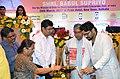 The Minister of State for Heavy Industries & Public Enterprises, Shri Babul Supriyo lighting the lamp to inaugurate the DigiDhan Mela, at Kolkata on March 28, 2017.jpg