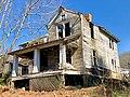 The Old Shelton Farmhouse, Speedwell, NC (47379134572).jpg
