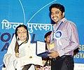 The President, Smt. Pratibha Devisingh Patil presenting the Swarna Kamal Award to Shri Ashraf Bedi for the Best Feature Film (Adaminte Makan Abu), at the 58th National Film Awards function, in New Delhi on September 09, 2011.jpg