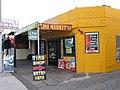 The minimarket at Long Beach Boulevard.jpg