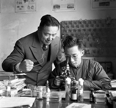 The scientists of ZJU were working in the war period