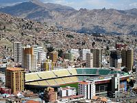 The stadium, Miraflores Bajo from Killi-Killi.jpg